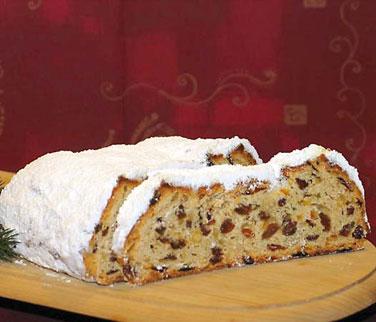 Weihnachtsgebäck Mit Rosinen.Stollen Bäckerei Und Konditorei Zum Kirchbäck
